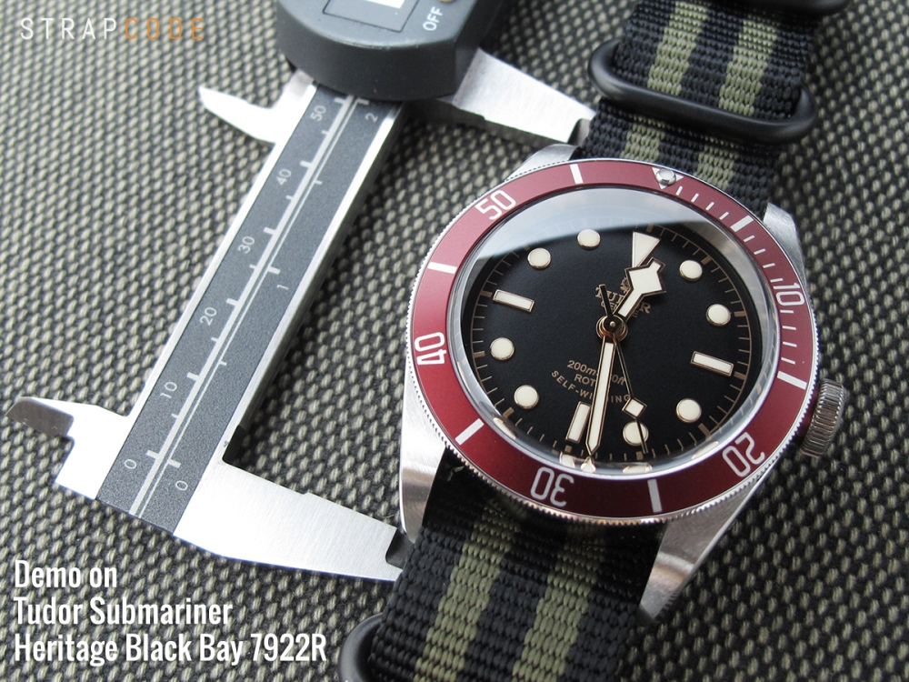 22A22DZZ00N4S10_Tudor-Black-Bay-7922R