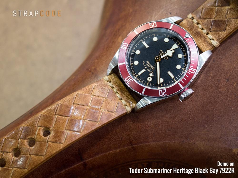 22B22BBU55C1C36_Tudor-Black-Bay-7922R