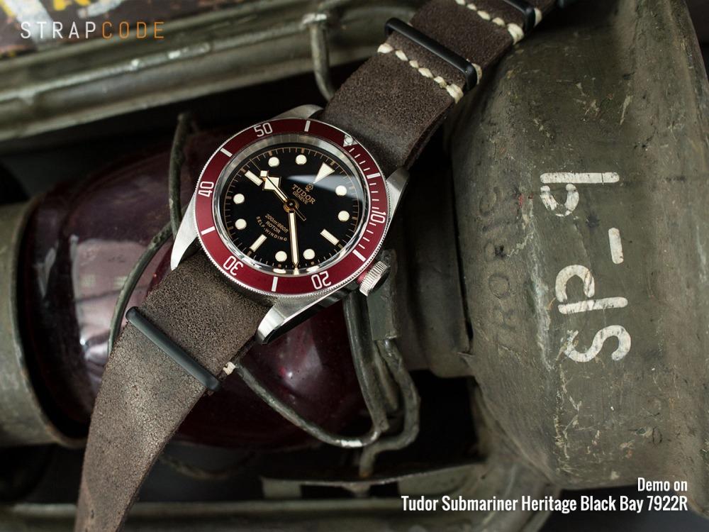 22p22dbu57s6c40_tudor-black-bay-7922r