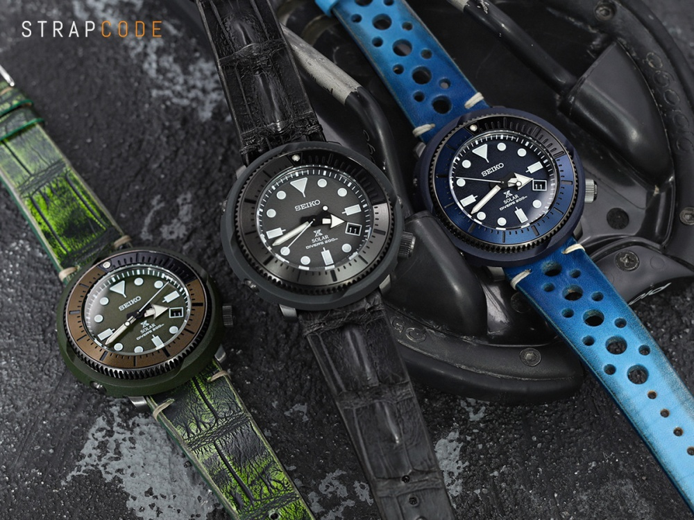 e8d98758ed3 Middle  22mm MiLTAT Italian Handmade Hornback Alligator Dark Grey Watch  Strap 22B18PBU63A1G15 Right  22mm MiLTAT Italian Handmade Racer Vintage Blue  ...